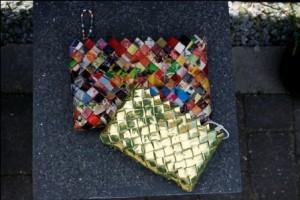 Tasker flettet i genbrugspapir